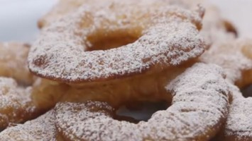 Fried Apple Fritter Rings
