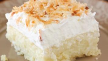 Coconut Cream Pie Cake