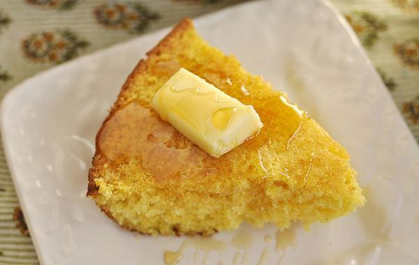 Southern Skillet Buttermilk Cornbread Recipe