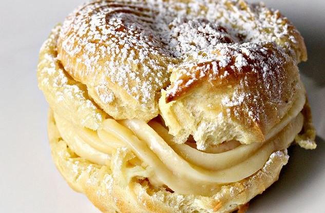 Italian Custard Cream Puff Recipe
