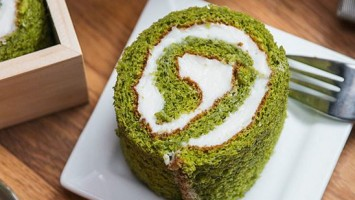 Matcha Green Tea Swiss Rolls