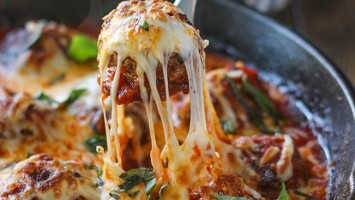 Cheesy Skillet Meatballs