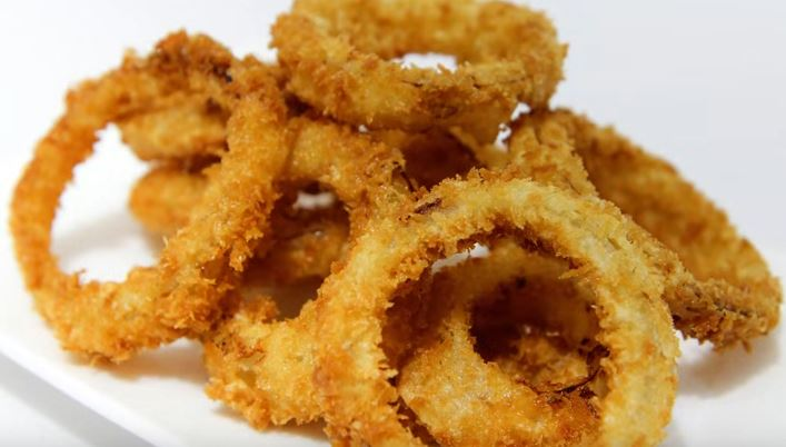 Super Crunchy Fried Onion Rings