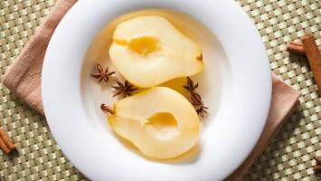 Vanilla Spice Poached Pears Recipe
