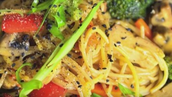 Vegan Gluten-Free Vegetable Teriyaki Noodle Stir Fry Recipe